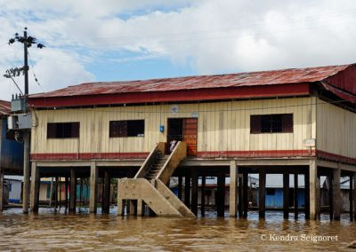 Belen Floating Village (6)
