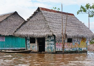 Belen Floating Village (7)