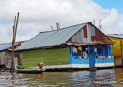 Belen Floating Village (9)