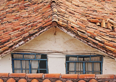 Cusco - red tiled roofs (3)