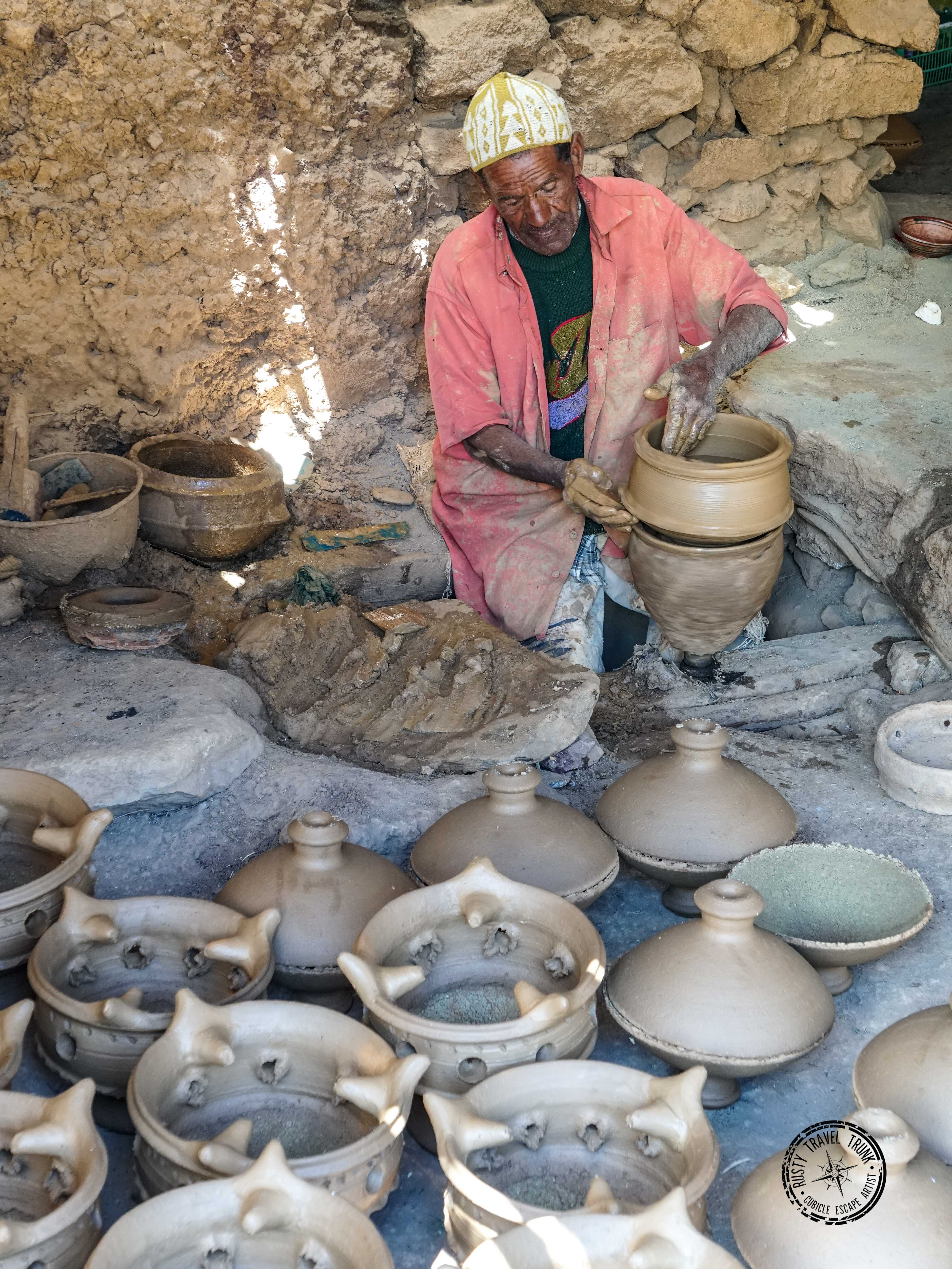 Pottery making in Infgane